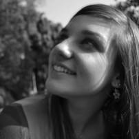 Beatriz Farrugia | Umesp | graduada em 2011 | http://on.fb.me/1cmmumy