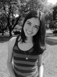 Carolina Linhares | USP | 8º semestre | http://on.fb.me/155siip